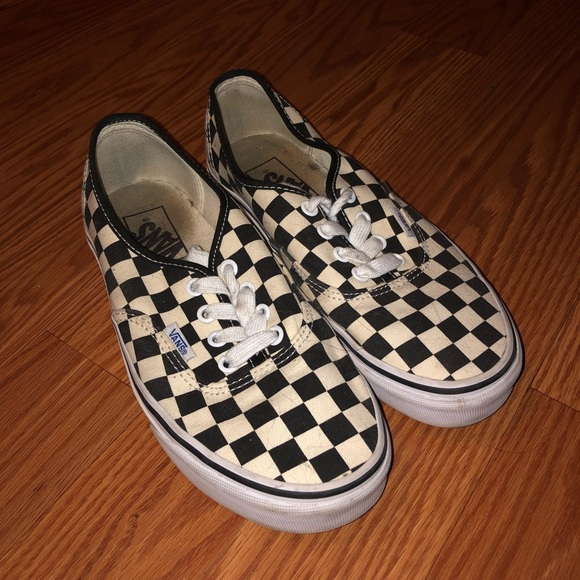 checkerboard vans cream